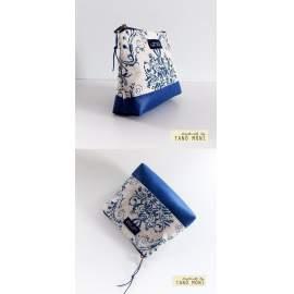 NESZESZER XS kék barokk mintás királykék műbőr díszítéssel (új)
